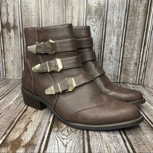 Yoki faux leather ankle boots - 3 buckle strap - size 8.5